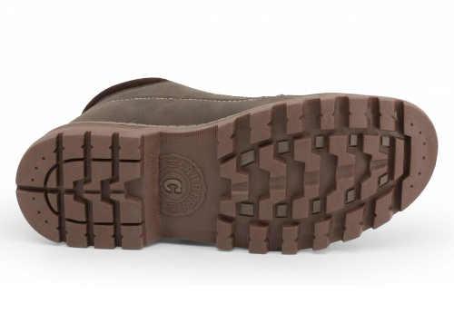 Pánska členková zimná obuv s protišmykovou podrážkou