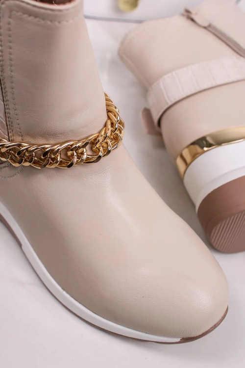 Pohodlné moderné nízke topánky