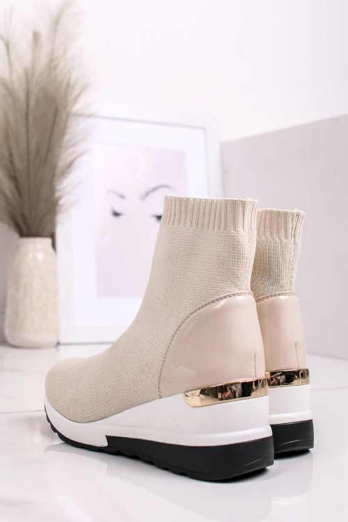 Štýlové béžové dámske zimné topánky